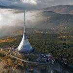 Miejscówki na WYRYPY turystyczno-krajoznawcze #8: Jeszted, jako czeska duma narodowa, czyli najwyższy szczyt Grzbietu Jesztiedzko-Kozakowskiego