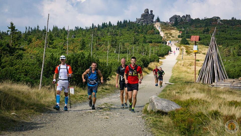 Przejście Dookoła Kotliny Jeleniogórskiej, baza maratonów, maraton pieszy, górska wyrypa