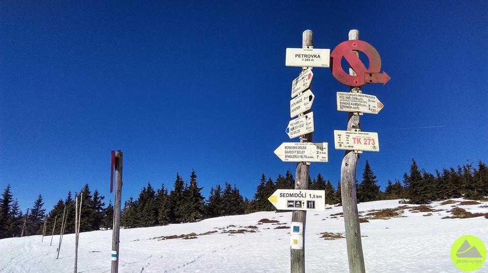 Nieme znaki wKarkonoszach, Karkonosze, Sudety, turystyka górska, górskie wyrypy
