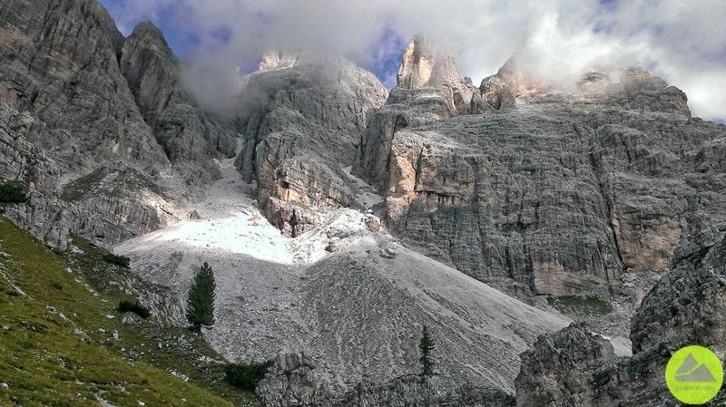 Giovani Lipella widok na Tofany w Dolomitach
