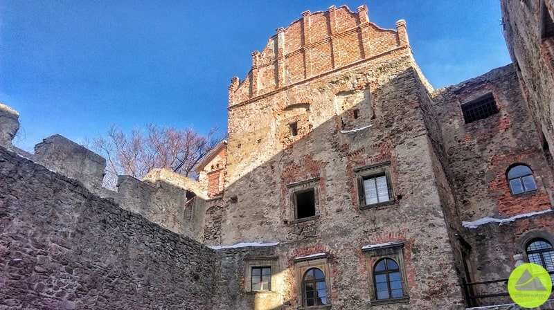 Szlak Zamków Piastowskich - dziedziniec górny Zamek Grodno
