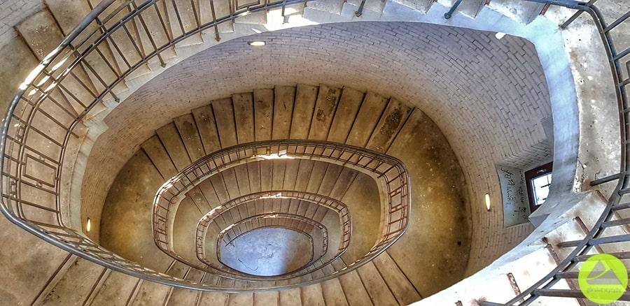 schody nawieżę widokową wJeleniej Górze
