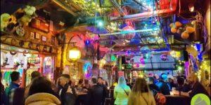WĘGRY || Szimpla Kert iruin bars wBudapeszcie. Fenomen naskalę światową!