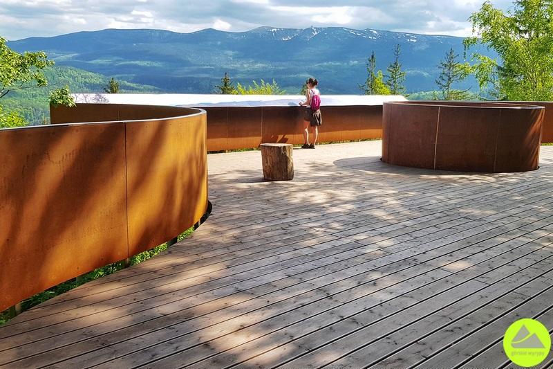 platforma widokowa wgórach izerskich