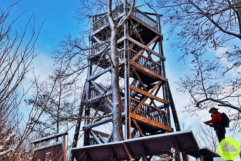 wieża widokowa na górze Dłużek