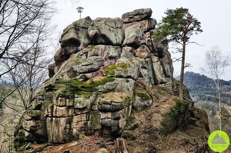 skała rozpadła w rudawach janowickich